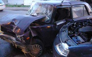 В ДТП в Аксае пострадали четверо, в том числе два ребенка