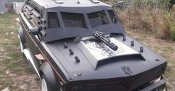 Переживет любой Апокалипсис: В Украине продают уникальный ВАЗ-2107, сделанный под автомобиль Безумного Макса