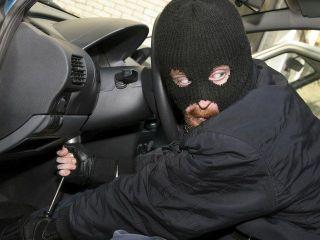 В Москве неизвестные совершили нападение на владельца Mitsubishi
