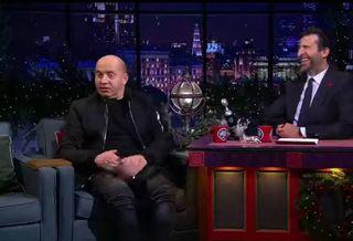 Бурунов рассказал, как отдохнул «за двоих» в Египте, когда его бросила девушка. Источник: @vecherniy_urgant / Instagram