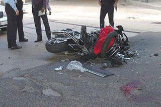 В Улан-Удэ мотоциклист, ехавший без прав, попал в ДТП