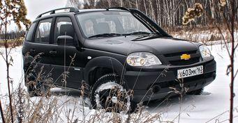 «Автомобиль, без которого не обойтись на бездорожье»: Блогер раскрыл особенности Chevrolet Niva Bertone