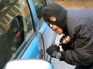Количество автомобильных краж в Москве снизилось на 25% за 2013 год