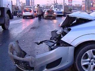 В ДТП в «новой Москве» погибла женщина и пострадали двое детей
