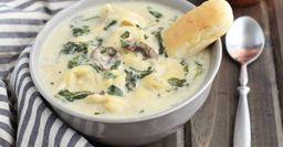 Сливочно-грибной суп с сырными шариками