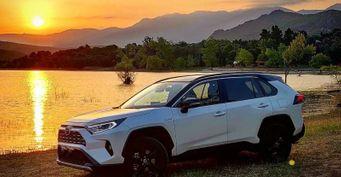 «Мажет дворник ипроваливается багажник»: Опроблемах Toyota RAV4 спустя 25 000км рассказал владелец