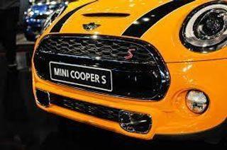 В России объявлены цены на новый хэтчбек Mini Cooper