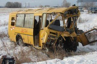 6 детей пострадали в столкновении школьного автобуса с фурой под Тамбовом