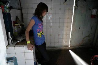 Вывозить избитую матерью девочку из Чечни нельзя из-за запрета врачей