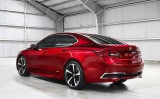 Новый бизнес седан Acura TLX будет продаваться в РФ