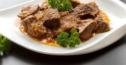 Говядина в сливочном соусе: Даже жесткое мясо будет «таять» во рту