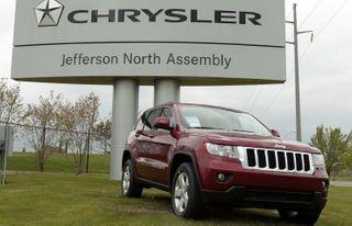 """Chrysler отзывает почти 800 тысяч """"Джипов"""" из-за дефекта зажигания"""