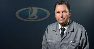Руководство АвтоВАЗа выставило на продажу служебные иномарки
