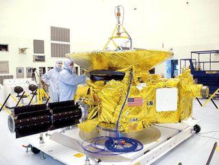 Космический аппарат «New Horizons» пересек орбиту Нептуна и движется дальше к Плутону