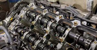 Фото: Мотор Toyota Sequoia, источник: YouTube-канал «Клубный сервис»