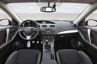 Фото: Салон Mazda 3, источник: Mazda