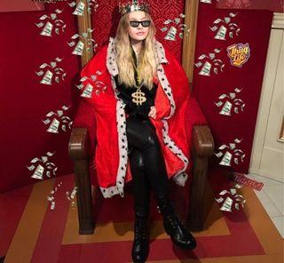 Фото: Елизавета Пескова царица России, bloknot.ru