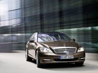 Mercedes вложит €1,5 миллиарда в завод, выпускающий S-Class