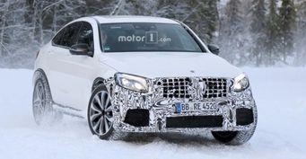 Шпионы запечатлели на тестах «заряженный» Mercedes-AMG GLC 63 Coupe 2018