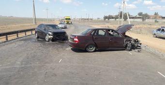 В тройном ДТП под Астраханью пострадали трое детей
