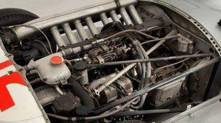 Гоночный Mercedes-Benz W196R продан за 29,650 млн. долларов