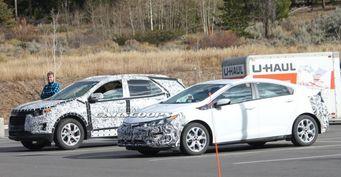 Прототипы Chevrolet Volt и Equinox 2018 сфотографированы на тестах