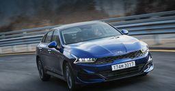«Тойота вымрет нарынке»: Официальные цены KIA K5 2021 обсудили автолюбители