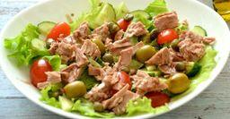 Рецепт из Кето-диеты: Салат с тунцом и авокадо