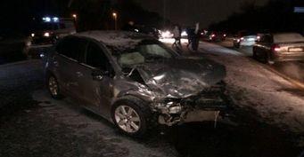 В Туле столкнулись Volkswagen и Ford Focus: погиб человек